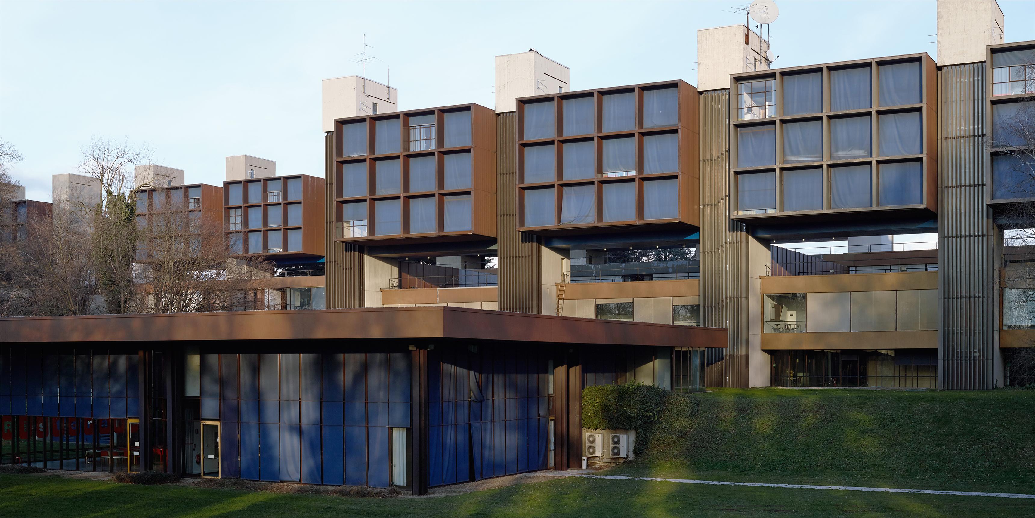 Playtime ex centro di formazione ibm un film di for Lavoro architetto milano